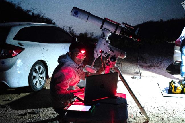本次立下重大战功的102口径APO折射镜、ASI224行星相机和他们的主人@丗堺冠軍