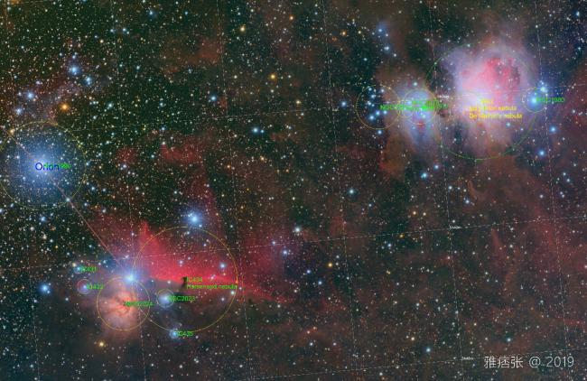 图中标注了这个画面里一些著名的深空天体编号及名称。