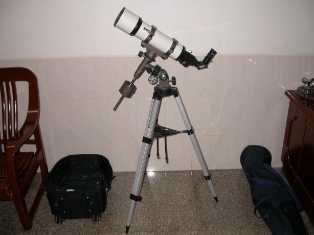 当年就是带着这台博冠80500望远镜去了杭州拍下了日全食当年就是带着这台博冠80500望远镜去了杭州拍下了日全食